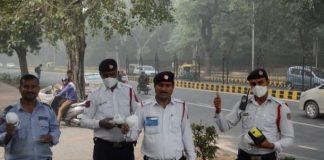 1mg Distributes Anti-Pollution Masks Free of Cost to Cope With City's Haze