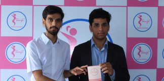 IIT Delhi Incubated Startup Sanfe Launches Reusable Sanitary Pads Made From Banana Fibers