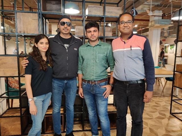 (L to R : Palak Kapoor (Co-Founder, LQI, Sukhbir Singh (angel Investor), Shubham Khanna (Founder, LQI) & Amit Singal (Co-founder, Startup Buddy)