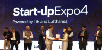 Elevator Pitch Winner Nancy Bhasin from This for That receiving the award at Startup Expo 4 Powered by TiE & Lufthansa