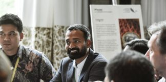 India's Own Aquaman Wins an Innovator Award for Using Artificial Intelligence Technology to Have a Positive Impact on Aqua Farmers' Life, His Startup Sails to Indonesian Shores!