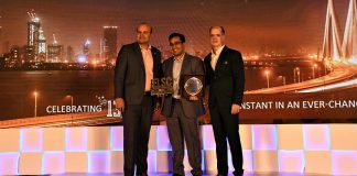 Mr. Sumit Sharma Co-Founder of GoBOLT (Middle) with the awards