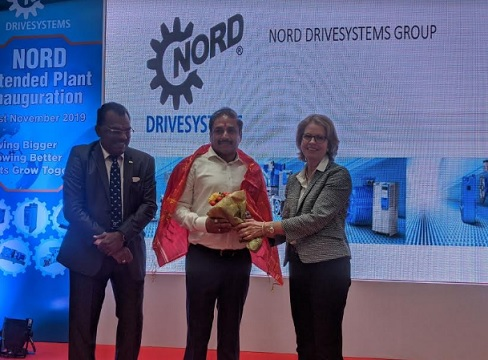 L to R: Mr. P L Muthusekkar MD NORD DRIVESYSTEMS along with Chief Guest Vikram Kumar (IAS) Metropolitan commissioner, PMRDA and Ms. Jutta Humbert - Managing Partner NORD DRIVESYSTEMS at the launch