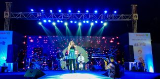 Singer Mauli Dave in Concert at the Grand Finale of the ArtiSTREE 2020 Fest